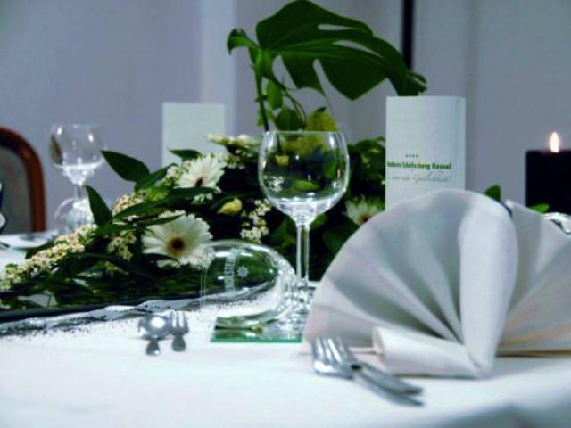 Beispiel: Tischdekoration, Foto. Waldhotel Schäferberg Kassel.