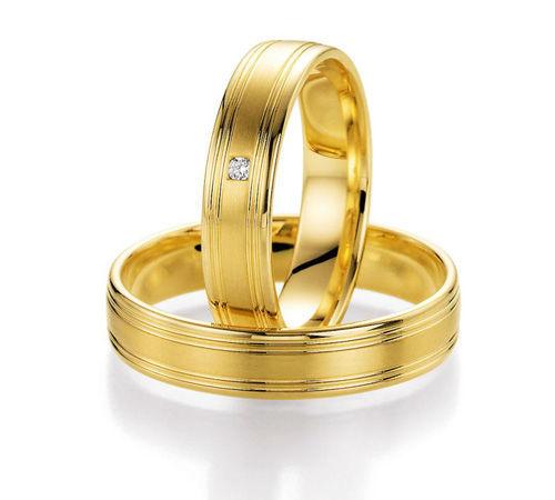 Beispiel: Trauring-Gelbgold, Foto: Center Juwelen.
