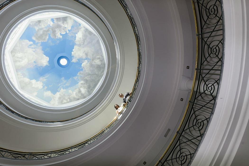 Vista cúpula central hotel novios