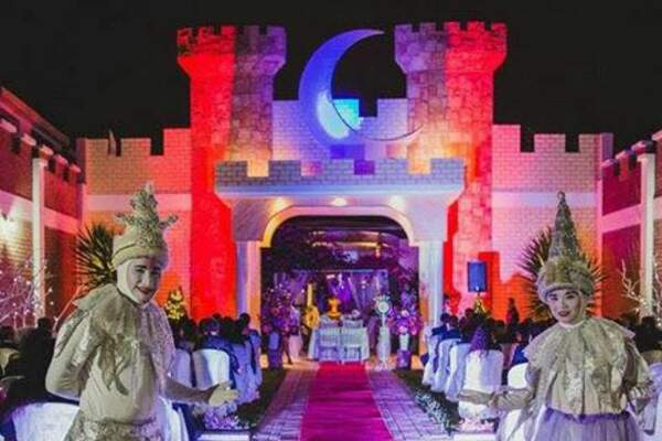 Kastillo D Luna