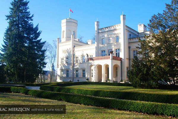 Pałac Mierzęcin