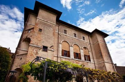 Palazzo Farrattini