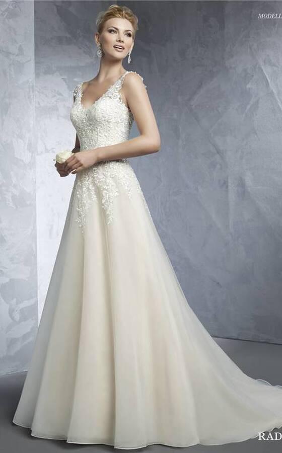 buy popular 2e15e d3a0d Casa della Sposa di Viano - Recensioni, foto e telefono