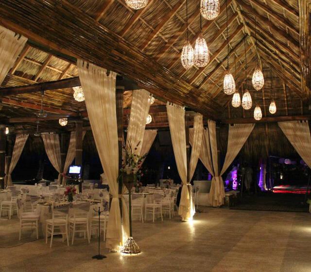 Bocamboo Playa Resort & Golfito, Club de Playa en Boca del Río, Veracruz