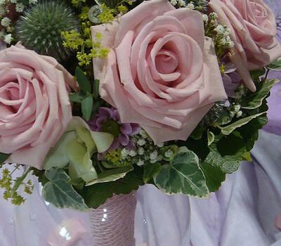 Beispiel: Wunderschöne Brautsträuße, Foto: myflower.