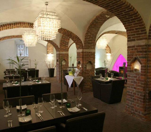 Beispiel: Restaurant, Foto: J-Restaurant Schloss Ringenberg.