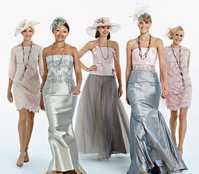 Beispiel: Kleider von bekannten Markenherstellern, Foto: Liluca Lausanne Festkleider.