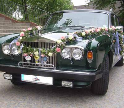 Beispiel: Rolls Royce mit Dekoration, Foto: Oldtimer Paradies.