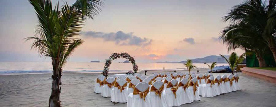 Barceló Ixtapa Beach