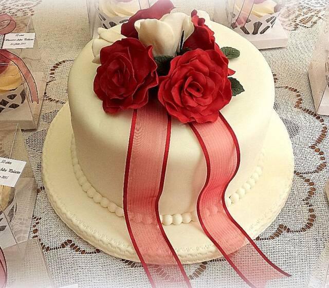 Cake topper rosas Burdeos