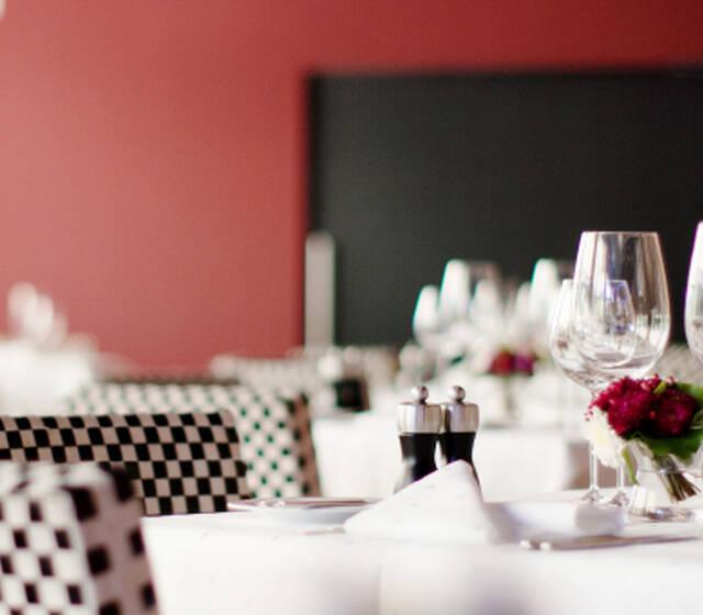 Beispiel: Tischdekoration, Foto: Restaurant VA BENE.