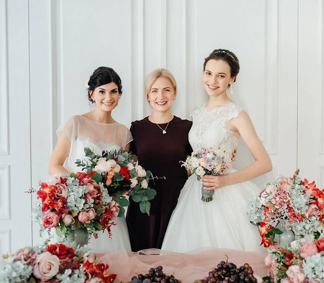 Две свадьбы в один день и обе - просто фантастические!!! Да, да и такое бывает!
