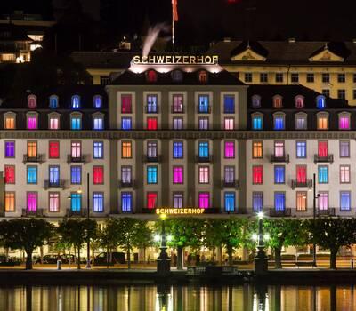 Aussenansicht Foto: Hotel Schweizerhof Luzern