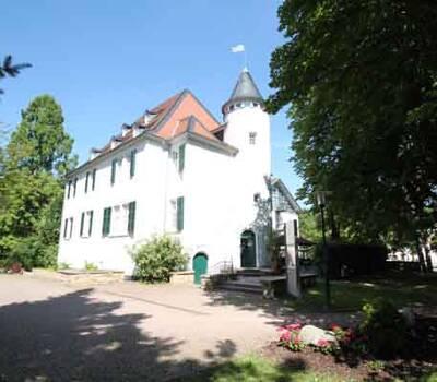 Beispiel: Schlossansicht, Foto: Schlosshotel Rockenhausen.