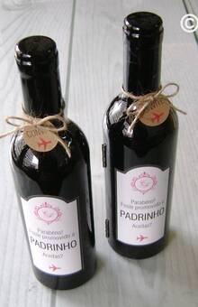 Convite Padrinhos ( Set de vinho em forma de garrafa)