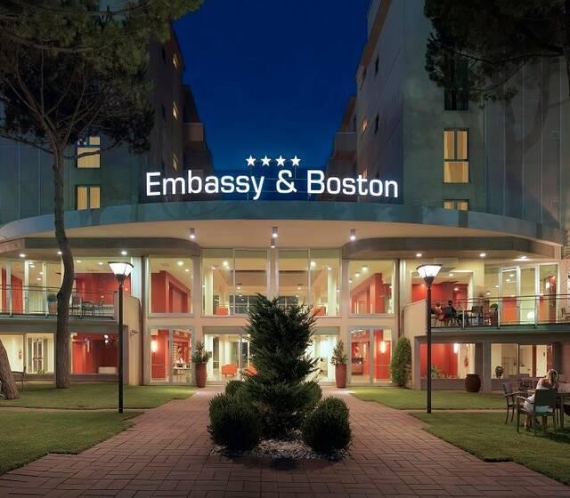 Hotel Emabassy&Boston
