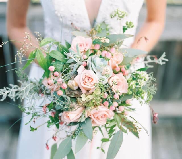 Hochzeitsdienstleister die mit uns in Zusammenarbeit stehen verstehen die Wünsche unserer Brautpaare und realisieren jeden Hochzeitstraum!