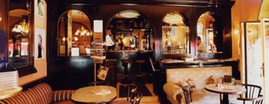 Beispiel: Restaurant, Foto: Dampfnudel-Bäck.