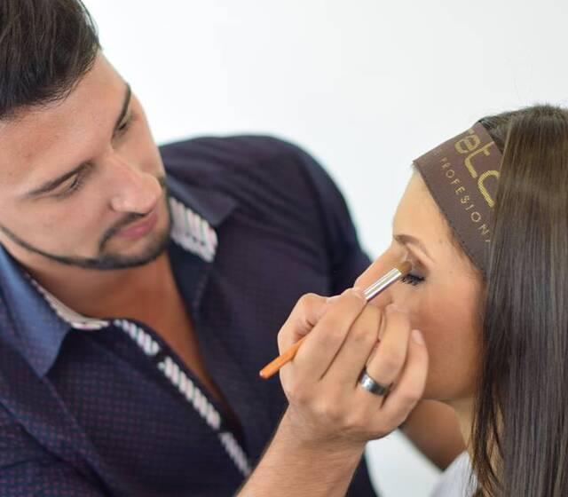 c3b0a04dc Caretas Maquillaje Profesional - Opiniones, Fotos y Teléfono