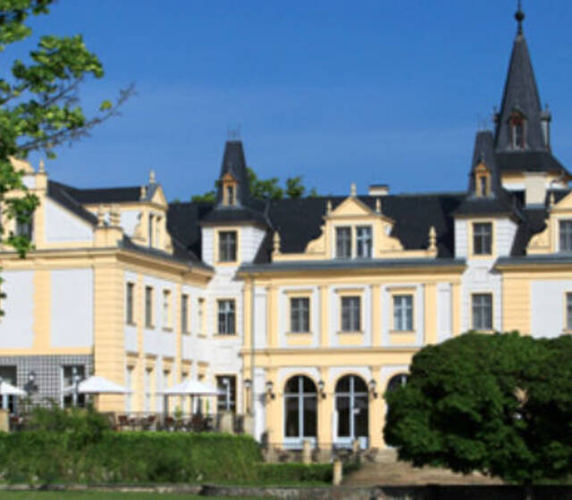 Beispiel: Außenansicht, Foto: Schloss & Gut Liebenberg.