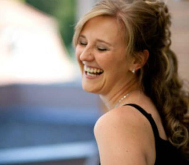 Beispiel: Dana Raabe, Foto: Hochzeitssängerin Dana Raabe.