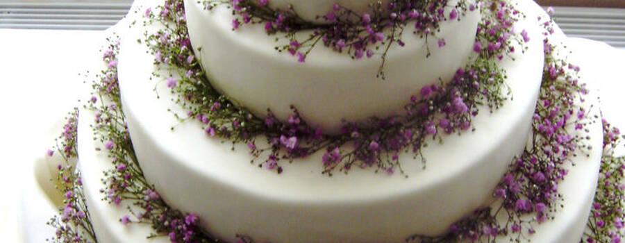 Beispiel: Individuelle Hochzeitstorten, Foto: Tortenhaus.