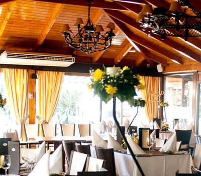 Solo carnes & Aquarium Restaurant