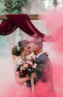 Цветной дым добавит ярких снимков!