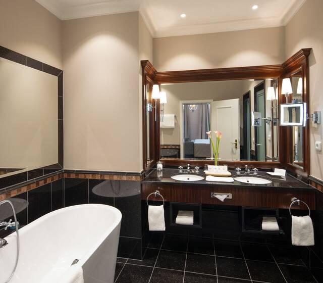 Beispiel: Badezimmer Suite