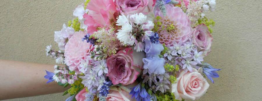 Beispiel: Der Strauß für die Braut, Foto: manufactura florale.