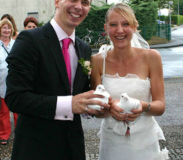 Beispiel: Handtauben, Foto: Hochzeitstauben RheinMain.