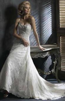 Beispiel: Hochzeitskleider, Foto: sunita sood.