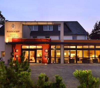 Beispiel: Vorderansicht, Foto: AKZENT Hotel Surendorff.