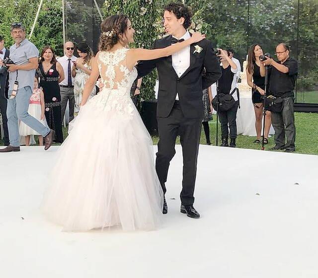 El Primer Baile de Karla y Lucho fué simplemente Espectacular!