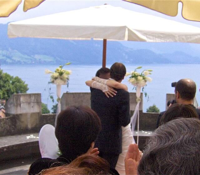 grosse Hochzeit auf einem Schloss
