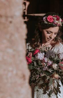 El Lenguaje de las Flores - ramo de novia & corona floral