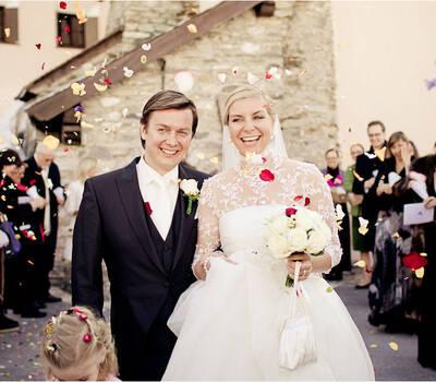 Beispiel: Einzigartige Hochzeitsfotos, Foto: Nina Hintringer Photography.