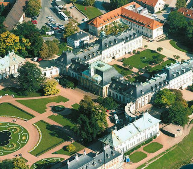 Beispiel: Schlosshotel Pillnitz - Vogelperspektive, Foto: Schlosshotel Pillnitz.