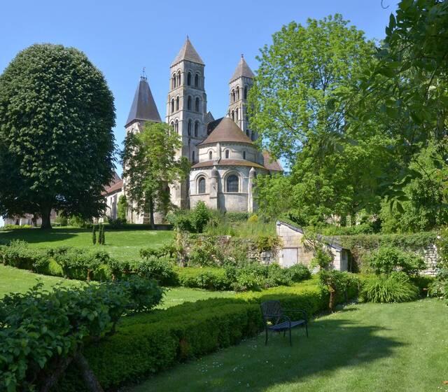 Abbaye de Morienval