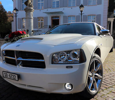 Dodge Stretch-Limousine mieten