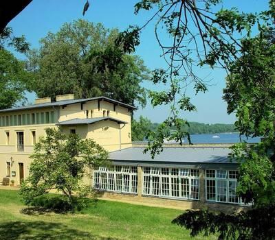 Beispiel: Vorderansicht, Foto: Kavalierhaus Caputh.