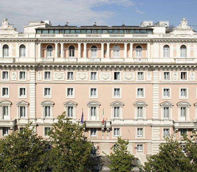 Renaissance Naples Hotel Mediterraneo