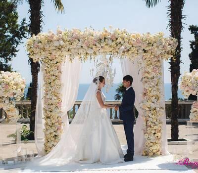 Свадьба в Крыму, выездная церемония в Крыму