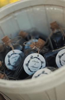 Etiquetas para regalos diseñadas por Wedding Warriors