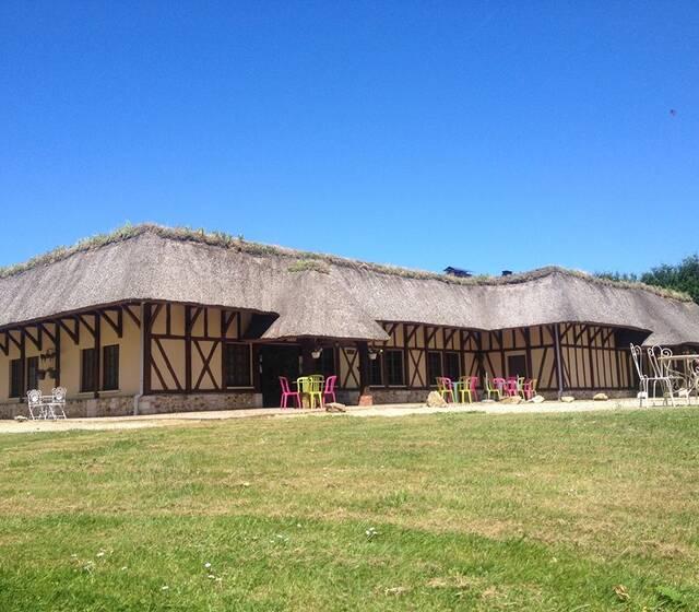Salle de réception au caractère normand