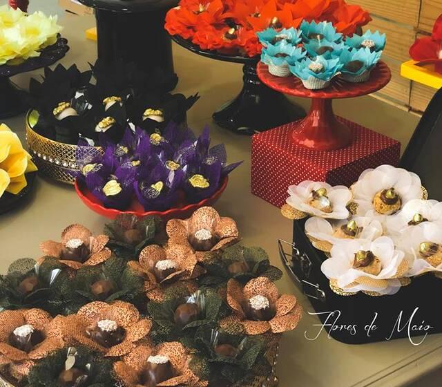 Flores de Maio = Forminhas de Luxo
