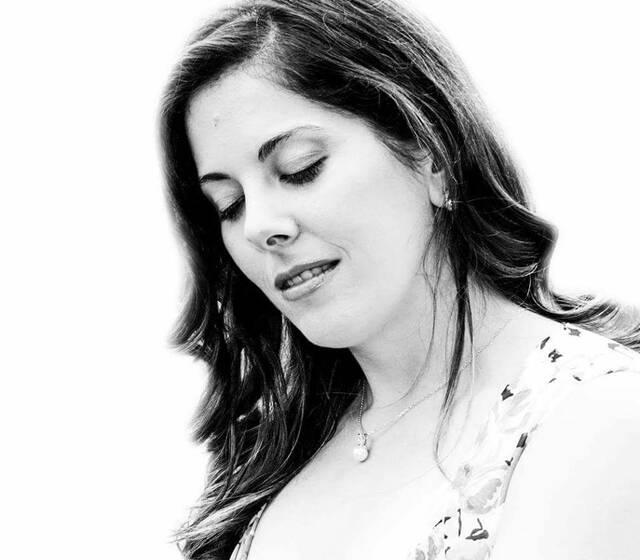 Raquel Couto - Soprano