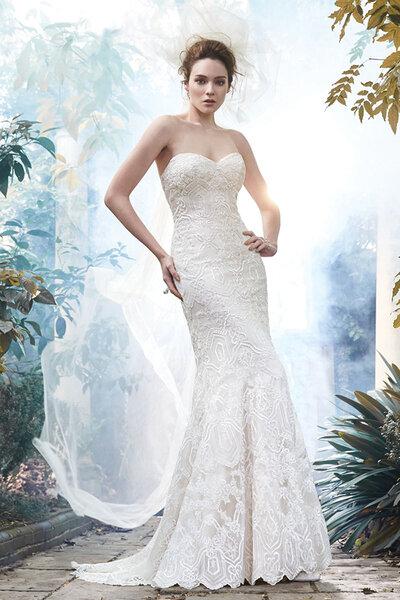 Brautkleider mit Herzausschnitt 2016: Fredricka, Maggie Sottero.