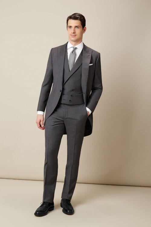 trajes de novio sencillos