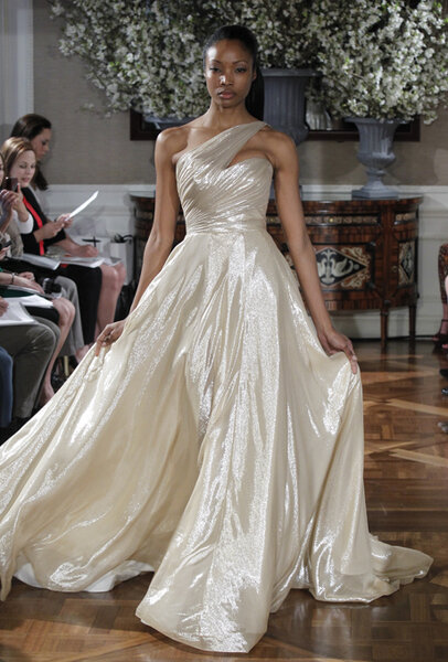 robes de mari e romona keveza 2013